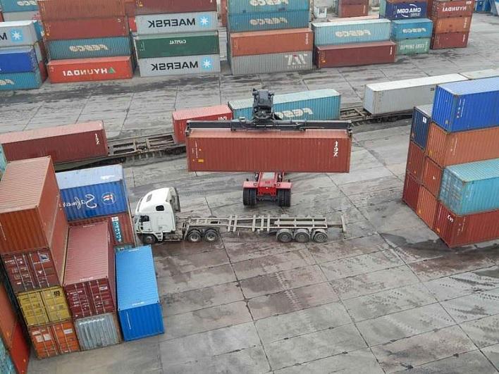 Президент РФ согласовал страны для безлицензионного экспорта товаров